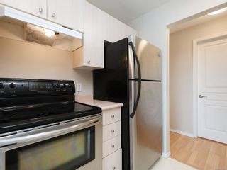 Photo 14: 302 898 Vernon Ave in Saanich: SE Swan Lake Condo for sale (Saanich East)  : MLS®# 853897