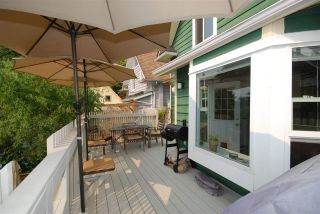 Photo 12: 1921 LAKEWOOD DRIVE in Vancouver: Grandview VE House for sale (Vancouver East)  : MLS®# R2195198