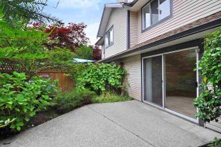 Photo 3: 9 2561 Runnel Drive in COQUITLAM: Eagle Ridge CQ Townhouse for sale (Coquitlam)  : MLS®# R2401616