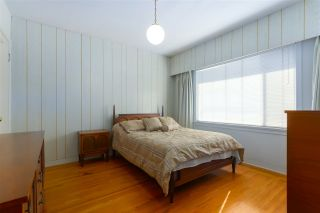 Photo 8: 5232 HOY Street in Vancouver: Collingwood VE House for sale (Vancouver East)  : MLS®# R2392696