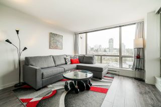 """Photo 4:  in Burnaby: Cariboo Condo for sale in """"STRATHMORE TOWERS"""" (Burnaby North)  : MLS®# R2546524"""