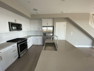 Photo 6: MISSION VALLEY Townhouse for sale : 4 bedrooms : 2725 Via Alta Place in San Diego