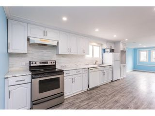 """Photo 3: 19 41639 LOUGHEED Highway in Mission: Dewdney Deroche Manufactured Home for sale in """"Evergreen Estates Mobile Home Park"""" : MLS®# R2611805"""