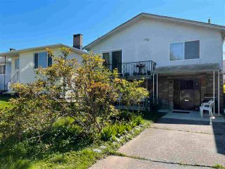 Main Photo: 3184 E 17TH Avenue in Vancouver: Renfrew Heights House for sale (Vancouver East)  : MLS®# R2582875