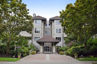 """Photo 1: 312 6745 STATION HILL Court in Burnaby: South Slope Condo for sale in """"THE SALTSPRING"""" (Burnaby South)  : MLS®# R2096788"""