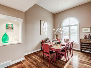 Photo 2: 54 Mount Robson Close SE in Calgary: McKenzie Lake Detached for sale : MLS®# A1096775