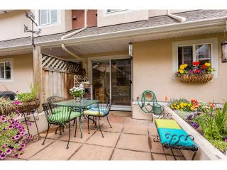 """Photo 19: 2 15432 16A Avenue in Surrey: King George Corridor Townhouse for sale in """"Carlton Court"""" (South Surrey White Rock)  : MLS®# F1449185"""