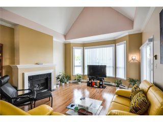 "Photo 2: 310 8680 LANSDOWNE Road in Richmond: Brighouse Condo for sale in ""MARQUISE ESTATES"" : MLS®# V1062053"