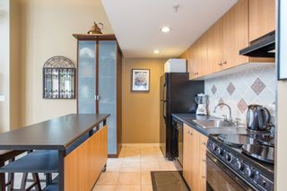 "Photo 8: PH6 933 SEYMOUR Street in Vancouver: Downtown VW Condo for sale in ""The Spot"" (Vancouver West)  : MLS®# R2309443"