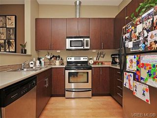 Photo 9: 416 797 Tyee Rd in VICTORIA: VW Victoria West Condo for sale (Victoria West)  : MLS®# 604129