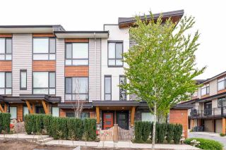 """Photo 2: 94 16488 64 Avenue in Surrey: Cloverdale BC Townhouse for sale in """"Harvest"""" (Cloverdale)  : MLS®# R2576907"""