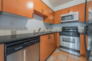 Photo 7: 2702 63 Keefer Place in Vancouver: Downtown VW Condo for sale (Vancouver West)  : MLS®# r2441548