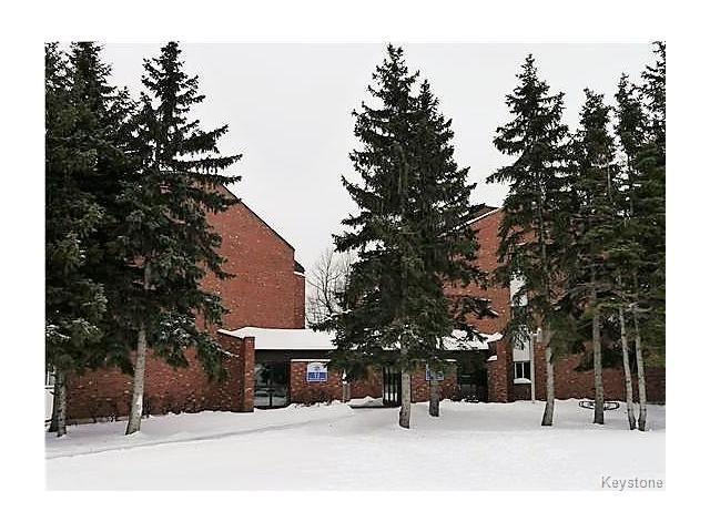 Main Photo: 76 Quail Ridge Road in Winnipeg: Crestview Condominium for sale (5H)  : MLS®# 1702397