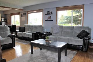 Photo 10: 31 KERRY Crescent in Mackenzie: Mackenzie -Town House for sale (Mackenzie (Zone 69))  : MLS®# R2585127