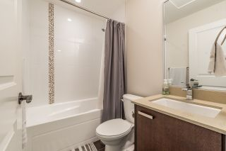 """Photo 12: 109 3382 VIEWMOUNT Drive in Port Moody: Port Moody Centre Townhouse for sale in """"LILLIUM VILLAS"""" : MLS®# R2155402"""