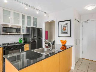 """Photo 4: 707 1225 RICHARDS Street in Vancouver: Downtown VW Condo for sale in """"THE EDEN"""" (Vancouver West)  : MLS®# V1112372"""