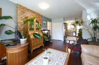Photo 3: 3944 Rainbow St in : SE Swan Lake House for sale (Saanich East)  : MLS®# 876629