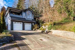 Photo 2: 2253 SENTINEL Drive in Abbotsford: Central Abbotsford House for sale : MLS®# R2537595