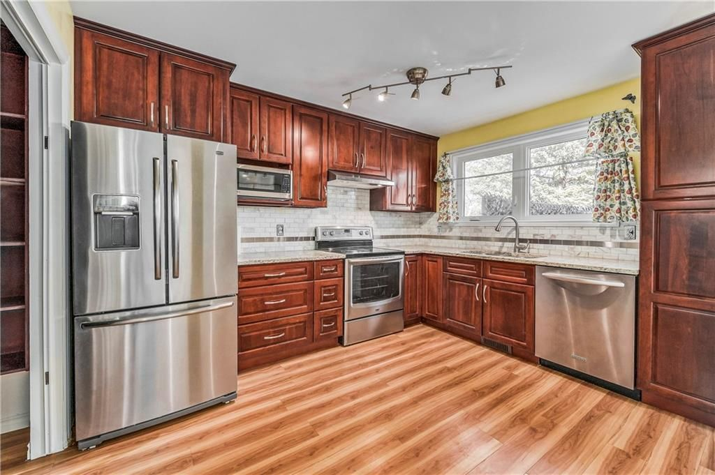 Main Photo: 373 WHITLOCK Way NE in Calgary: Whitehorn Detached for sale : MLS®# C4233795