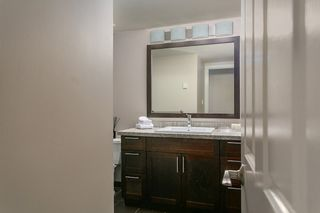 """Photo 5: 1445 WALNUT Street in Vancouver: Kitsilano Townhouse for sale in """"KITS POINT"""" (Vancouver West)  : MLS®# R2090104"""
