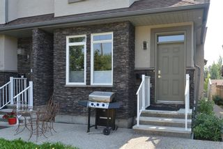 Photo 2: 1 3708 16 Street SW in Calgary: Altadore Row/Townhouse for sale : MLS®# A1131487