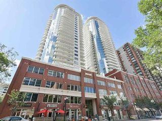 Photo 2: 2001 10136 104 Street in Edmonton: Zone 12 Condo for sale : MLS®# E4228040
