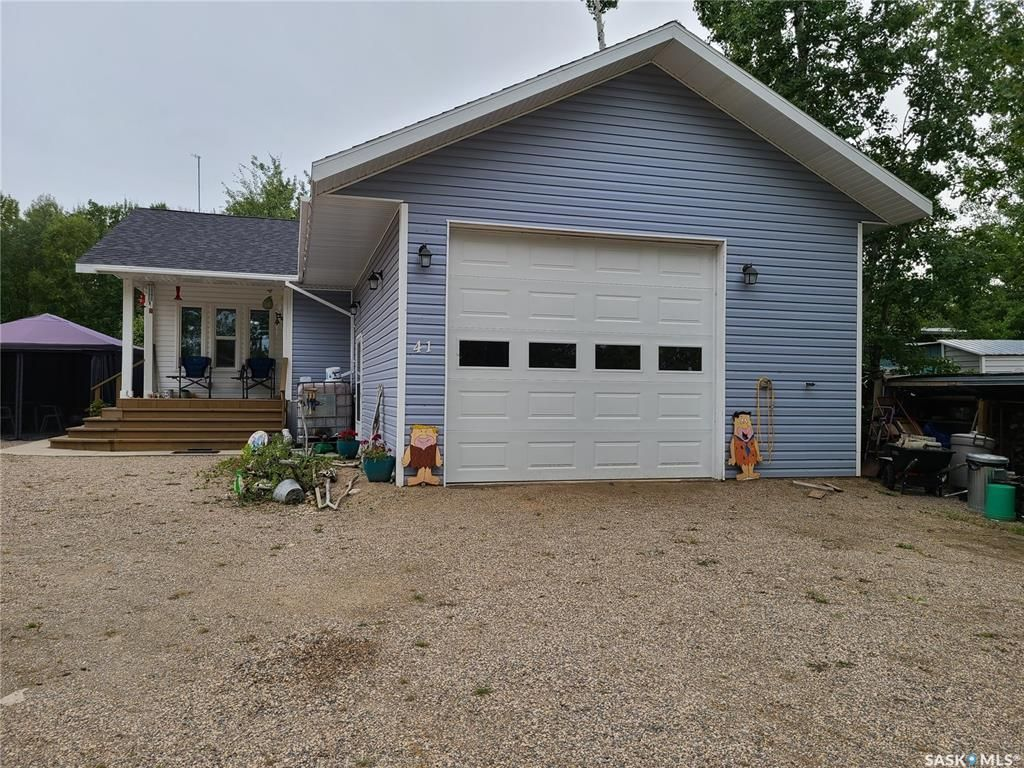 Main Photo: Codette Lake (Smits Subdivision) 41 Spierings Ave in Codette: Residential for sale : MLS®# SK827060