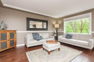 Photo 7: 9076 160A Street in Surrey: Fleetwood Tynehead House for sale : MLS®# R2408522