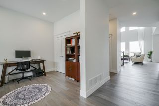 """Photo 10: 1512 SHORE VIEW Place in Coquitlam: Burke Mountain House for sale in """"The Ridge"""" : MLS®# R2578852"""
