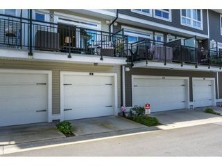 """Photo 17: 3 14433 60 Avenue in Surrey: Sullivan Station Townhouse for sale in """"BRIXTON"""" : MLS®# R2180225"""