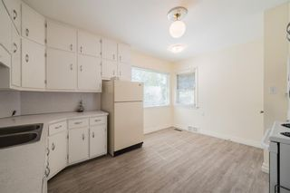 Photo 7: 422 36 Avenue NW in Calgary: Highland Park Detached for sale : MLS®# A1144423