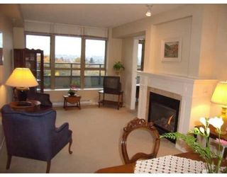Photo 3: # 717 2799 YEW ST in Vancouver: Condo for sale : MLS®# V856310