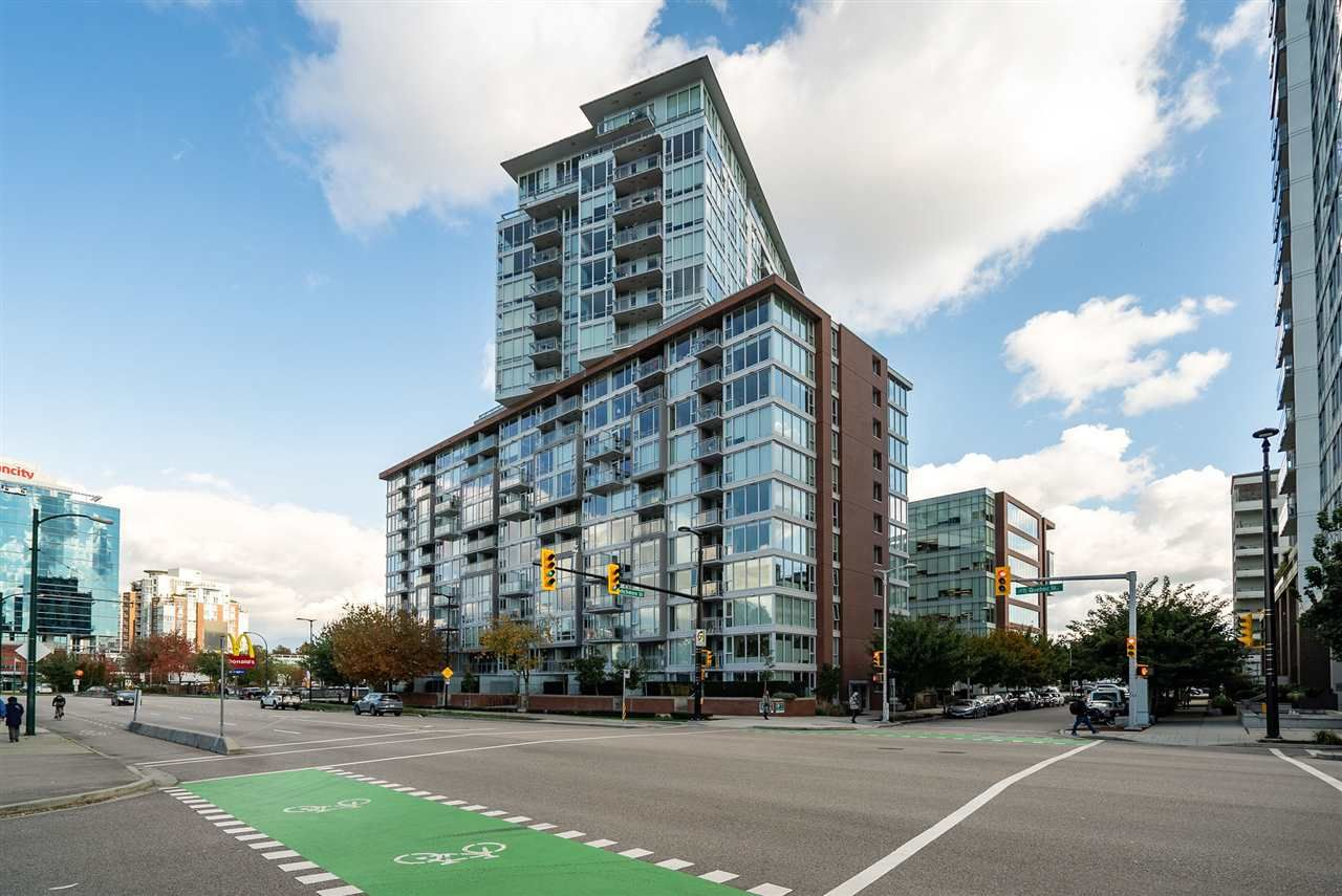 """Main Photo: 805 1618 QUEBEC Street in Vancouver: Mount Pleasant VE Condo for sale in """"Central"""" (Vancouver East)  : MLS®# R2544435"""