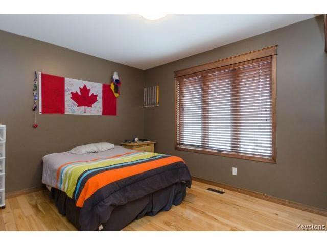 Photo 9: Photos: 45 TYLER Bay in OAKBANK: Anola / Dugald / Hazelridge / Oakbank / Vivian Residential for sale (Winnipeg area)  : MLS®# 1502001