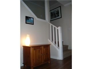 """Photo 8: 109 209 E 6TH Street in North Vancouver: Lower Lonsdale Townhouse for sale in """"ROSE GARDEN COURT"""" : MLS®# V882100"""