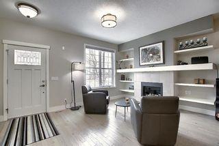 Photo 5: 374 Quarry Park Boulevard SE in Calgary: Douglasdale/Glen Row/Townhouse for sale : MLS®# A1063797