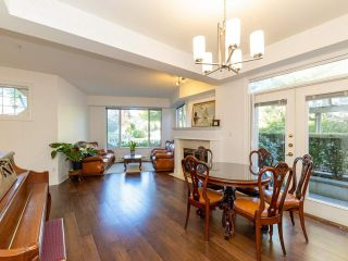 Photo 2: 972 West 54th Avenue in Vancouver: South Cambie Townhouse for sale (Vancouver West)  : MLS®# R2507523
