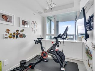 Photo 20: 2105 1033 MARINASIDE Crescent in Vancouver: Yaletown Condo for sale (Vancouver West)  : MLS®# R2614504
