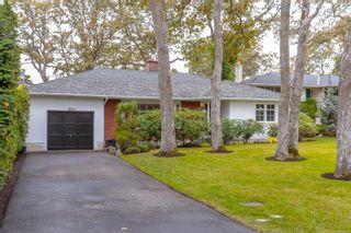Photo 3: 3108 Henderson Rd in Oak Bay: OB Henderson House for sale : MLS®# 888135