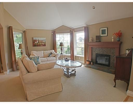 Photo 3: Photos: 18 TIMBERCREST Drive in Port Moody: Heritage Mountain House for sale : MLS®# V796835