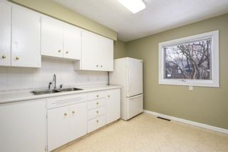 Photo 8: 1424 Rosehill Drive NW in Calgary: Rosemont Semi Detached for sale : MLS®# A1075121