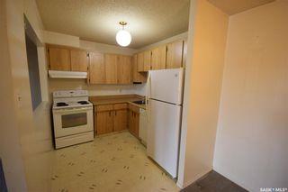 Photo 4: 302 461 Pendygrasse Road in Saskatoon: Fairhaven Residential for sale : MLS®# SK871470