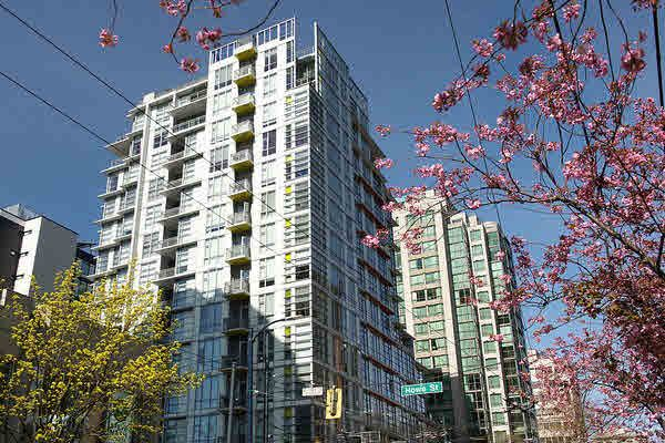 Main Photo: 1402 1205 HOWE STREET in : Downtown VW Condo for sale (Vancouver West)  : MLS®# V1134253