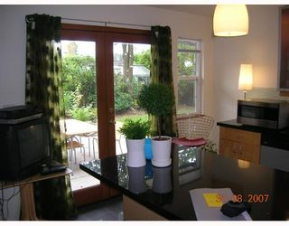 """Photo 10: 1315 W 15TH Street in North_Vancouver: Norgate House for sale in """"NORGATE"""" (North Vancouver)  : MLS®# V666224"""