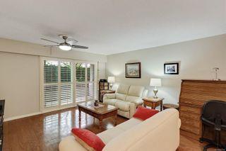 Photo 2: 104 1040 Rockland Ave in Victoria: Vi Downtown Condo for sale : MLS®# 887045