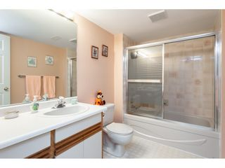 """Photo 17: 52 33922 KING Road in Abbotsford: Poplar Townhouse for sale in """"Kingsview Estates"""" : MLS®# R2347892"""