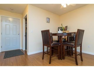 Photo 6: 303 7435 121A Street in Surrey: West Newton Condo for sale : MLS®# R2329200