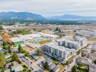 """Photo 37: 4410 2180 KELLY Avenue in Port Coquitlam: Central Pt Coquitlam Condo for sale in """"Montrose Square"""" : MLS®# R2614881"""