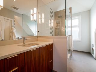 """Photo 22: 557 E 48TH Avenue in Vancouver: Fraser VE House for sale in """"Fraser"""" (Vancouver East)  : MLS®# R2544745"""