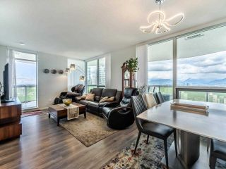 """Photo 3: 2703 6638 DUNBLANE Avenue in Burnaby: Metrotown Condo for sale in """"Midori"""" (Burnaby South)  : MLS®# R2581588"""